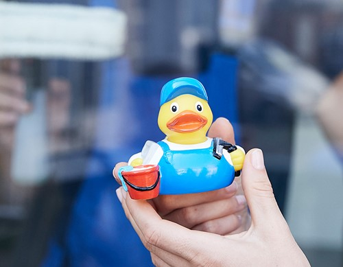M131285 Squeaky duck window cleaner - Multicoloured - one size